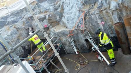 Kärnborrning från byggställning